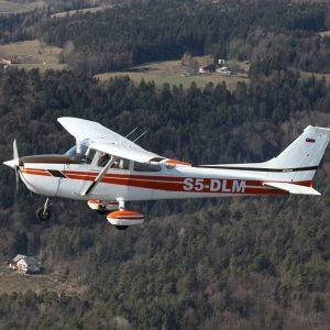 Panoramski polet z letalom do 3 osebe 60 minut